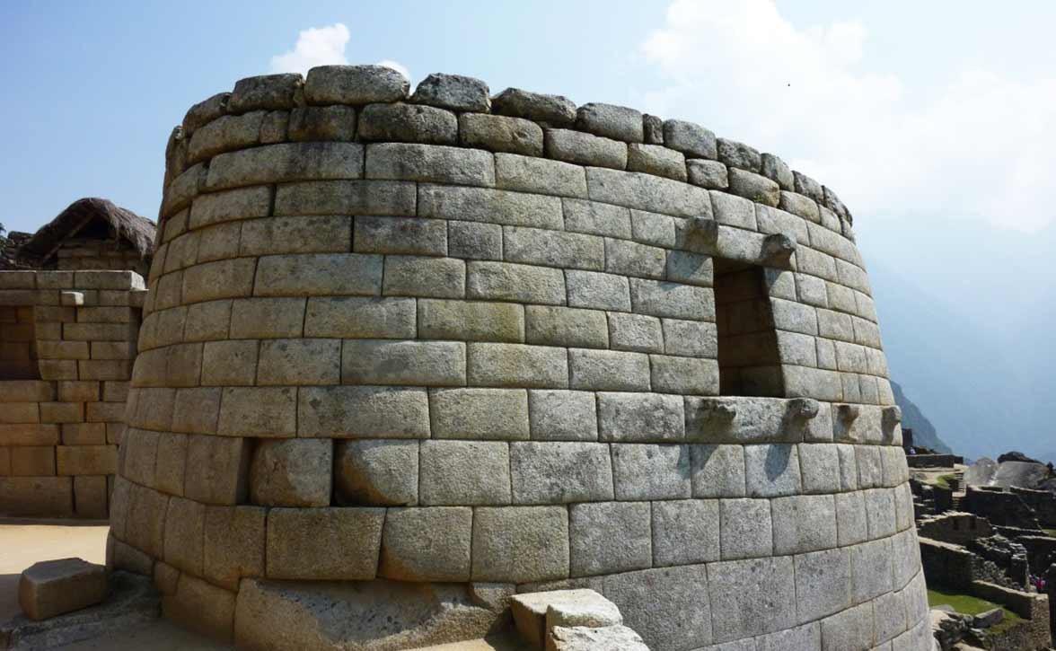 High resolution Machu Pichu Peru stonecurrents